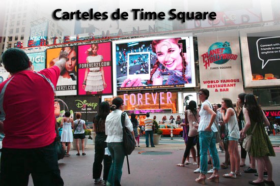 Carteles en Time Square